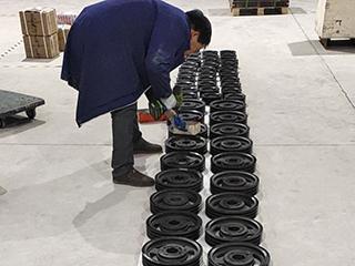 苏州玛可诺的锥套皮带轮打包发货